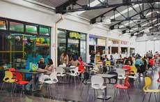Vue partielle du Foodcourt de La City