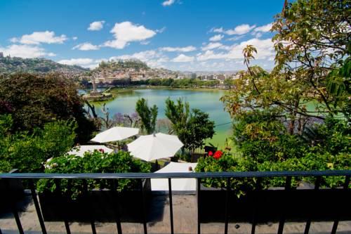 Vue sur le lac Anosy, depuis la terrasse du restaurant Citizen