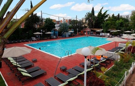 Hôtel Carlton, piscine