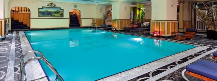 Hôtel Colbert, piscine