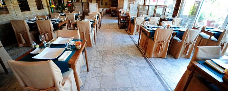 Hôtel Colbert, restauration