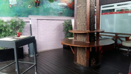 Dzama Cocktail Café, terrasse