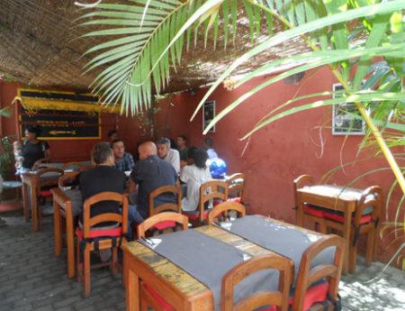 Hôtel Restaurant des Artistes, terrasse