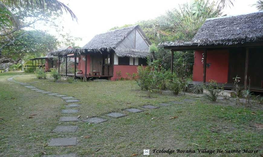 Les bungalows de Boraha Village