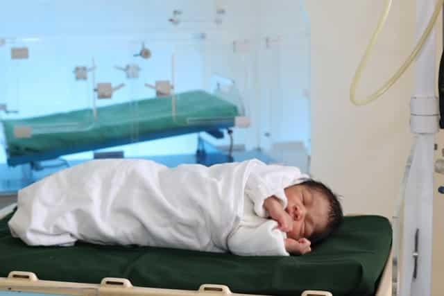 Maternité, soins de la mère et de l'enfant au CMA