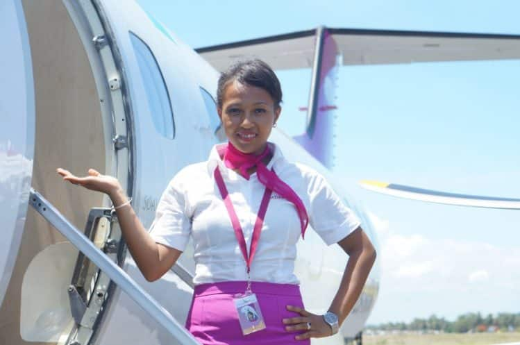 Madagasikara Airways, hôtesse