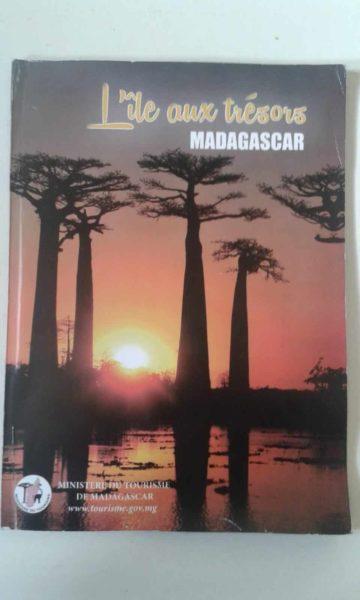 L'île aux trésors brochure touristique