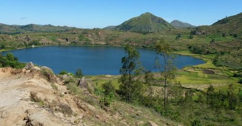 Le Petit Manoir Rouge, lac Hilempo