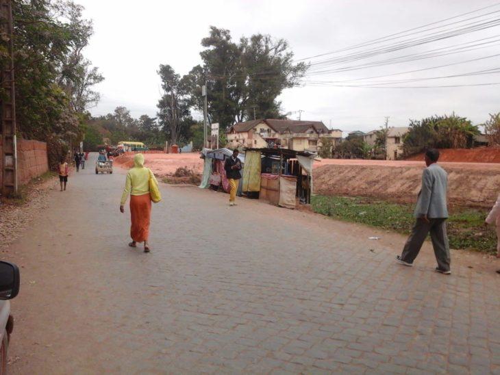 voie rapide Tsarasaotra Ivato population