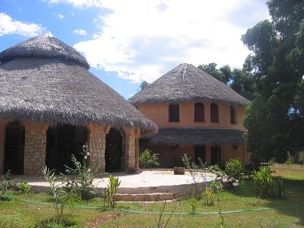 Ariès immobilier, Vente et location de maisons