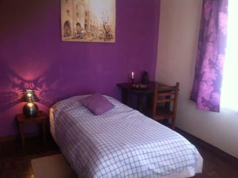 Chambre avec lit 1 personne à Le Ti'Jac