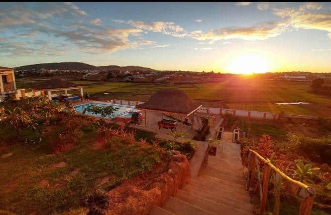 Coucher de soleil vu au BG Tours Madagascar
